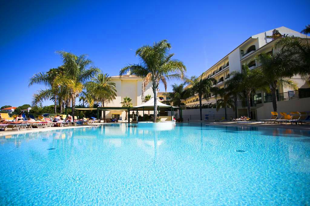Hotel Mirachoro Praia - Algarve