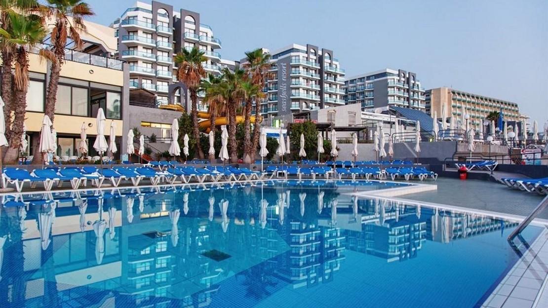 AX Seashells Resort at Suncrest - Malta