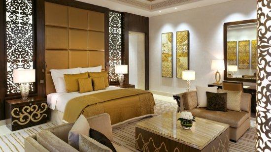 Palm Manor Grand Suite