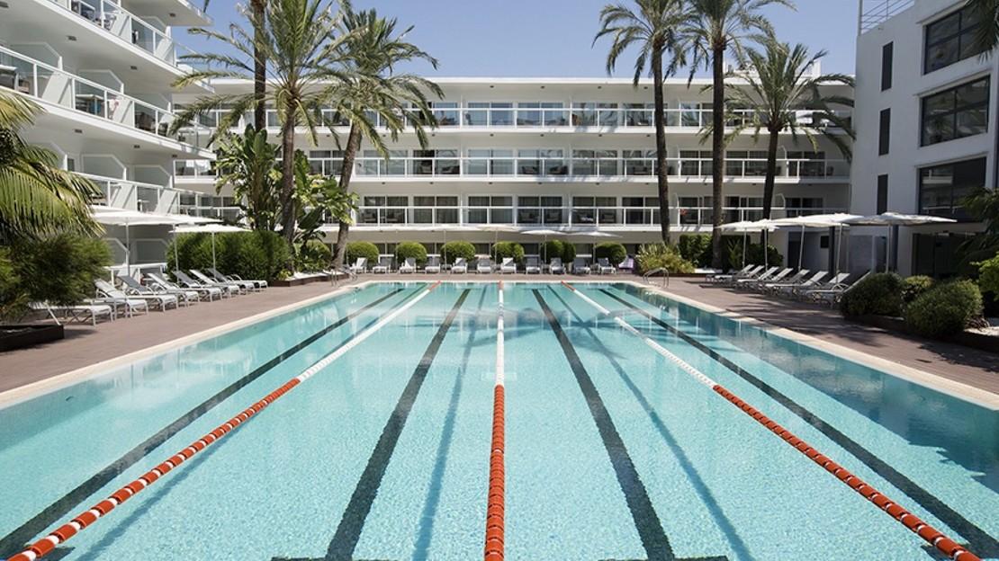 Las Gaviotas Suites Hotel - Majorca