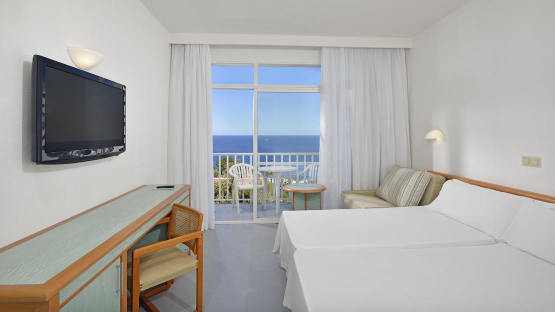 Sol Room Sea View
