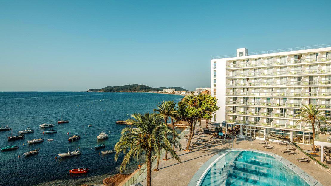 The Ibiza Twiins - Playa D'en Bossa