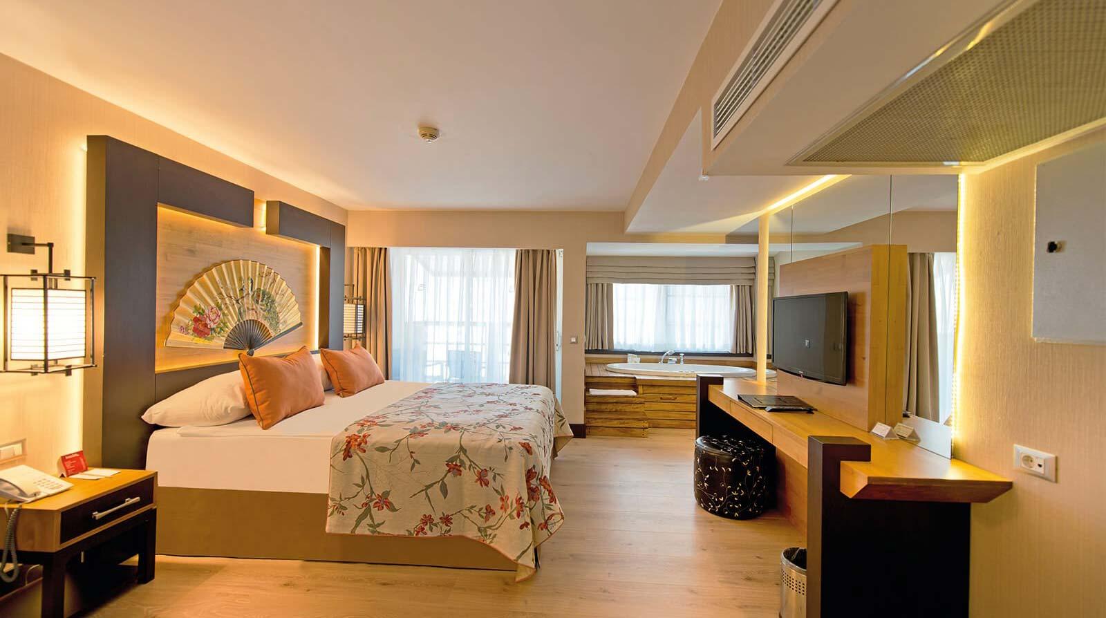 Jacuzzi Suite Room