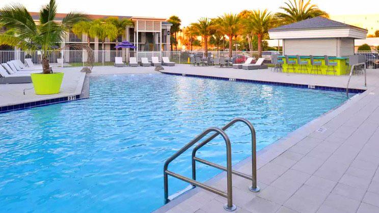 Clarion Inn & Suites Across From Universal Orlando - Orlando