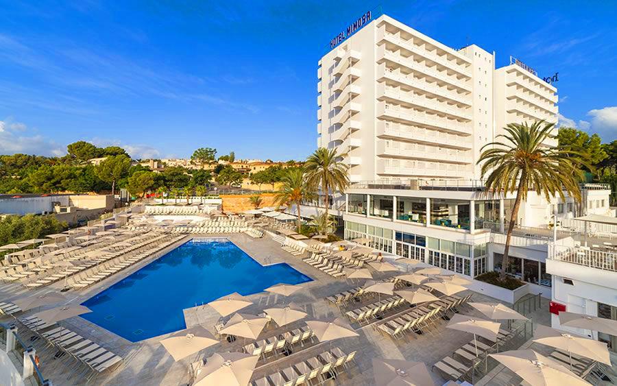Globales Mimosa Hotel