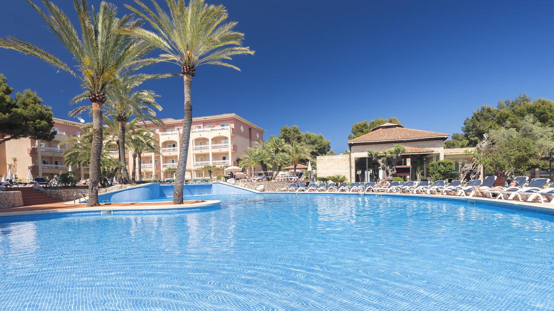 Green Garden Aparthotel - Cala Ratjada, Majorca