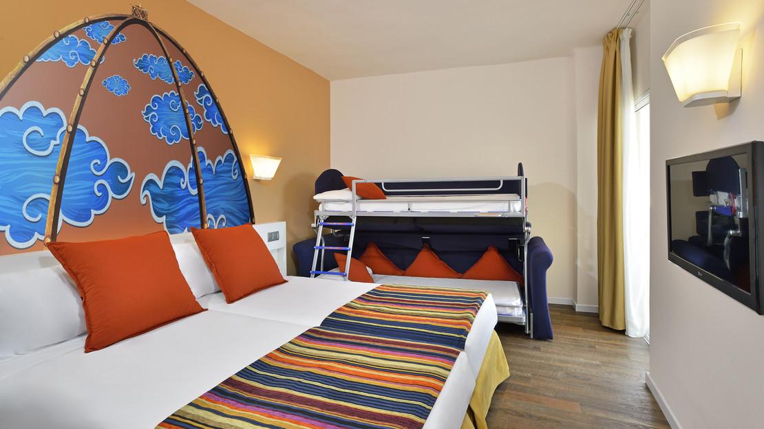 Katmandu Room with Bunk Beds