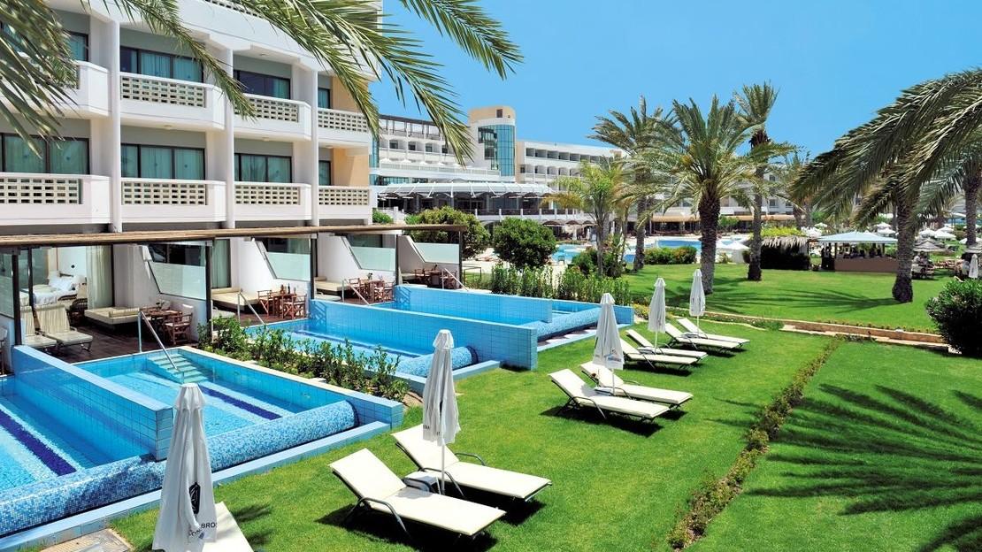 Athena Royal Beach Hotel - Paphos