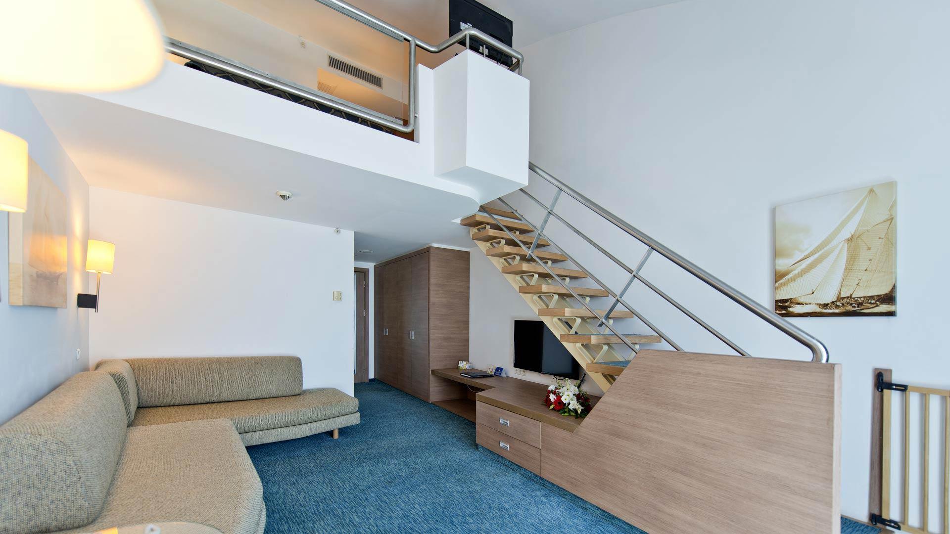 Duplex De Luxe