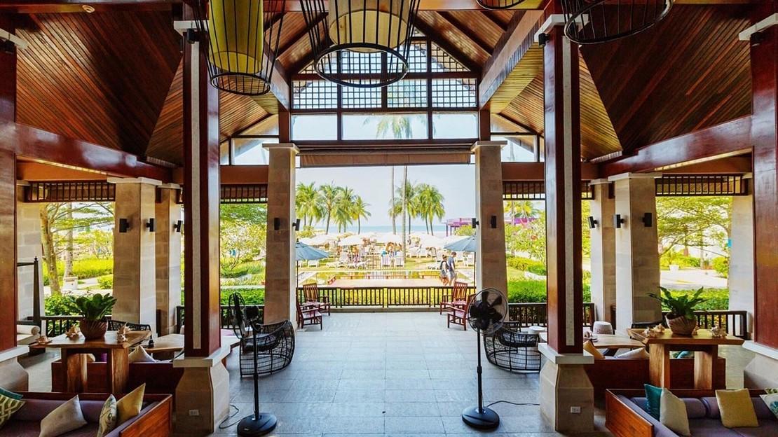 Apsara Beachfront Resort and Villa - Thailand