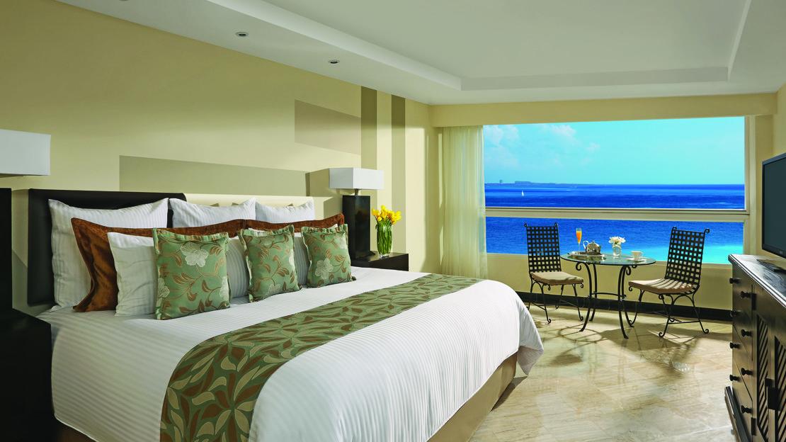 Deluxe Oceanfront Room